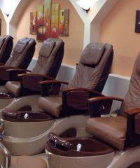 Luxury Nails & Spa